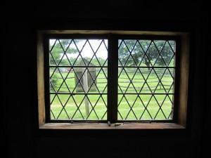 Rebecca Towne Nurse Homestead, the original windows were probably built from glass and lead brought from England and in this style with diamond-shaped panes.