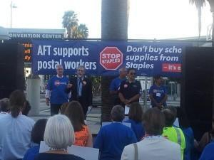 AFT rallies in support of APWU call for a Boycott of Staples